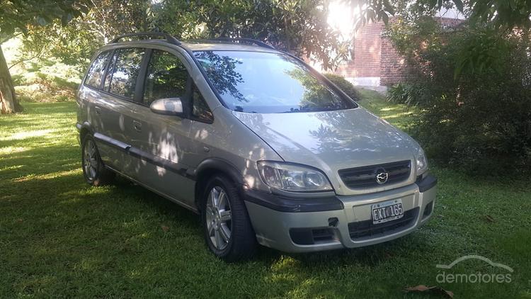 Usado Chevrolet Zafira Autos Camionetas Y 4x4 Gnc Para La Venta