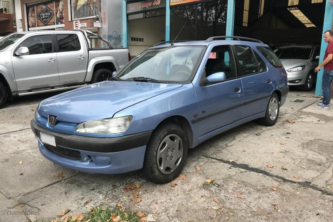 Peugeot 306 modelo 2000